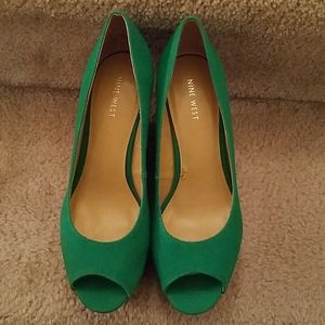 Nine West Green Fabric Peep Toe Wedge Shoes